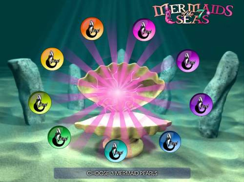 Mermaids of the 7 Seas Big Bonus Slots Bonus Round - Select three objects to reveal prizes.